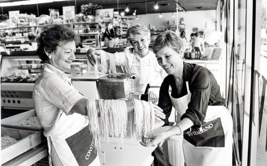 Janet Alms, Wanda Bottino and me making fresh pasta
