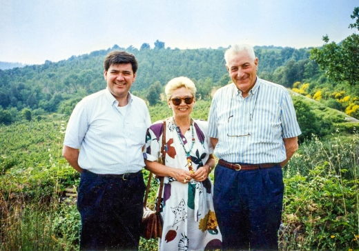 Nancy with Francesco and Federico Bonfio in the Il Poggiolo vineyard