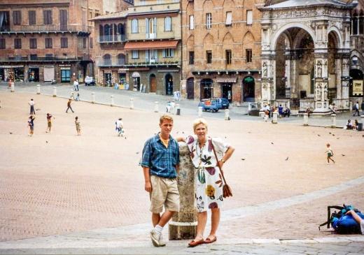 Rob and I in Piazza del Campo